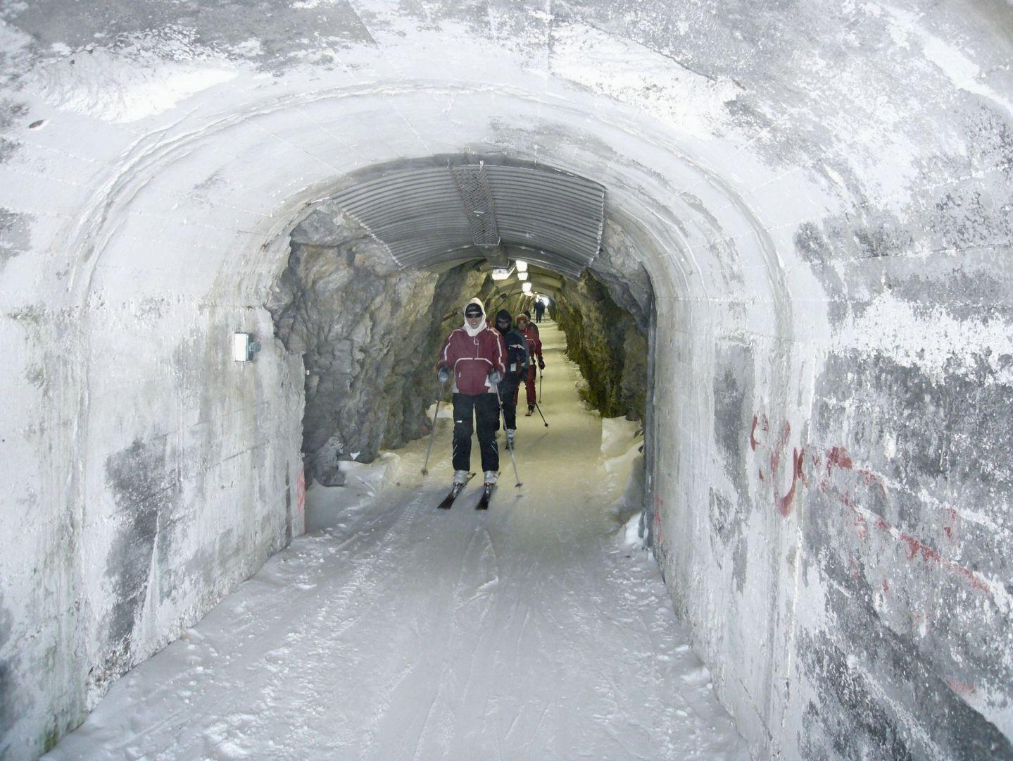 Le Tunnel, Alpe d'Huez, Франция
