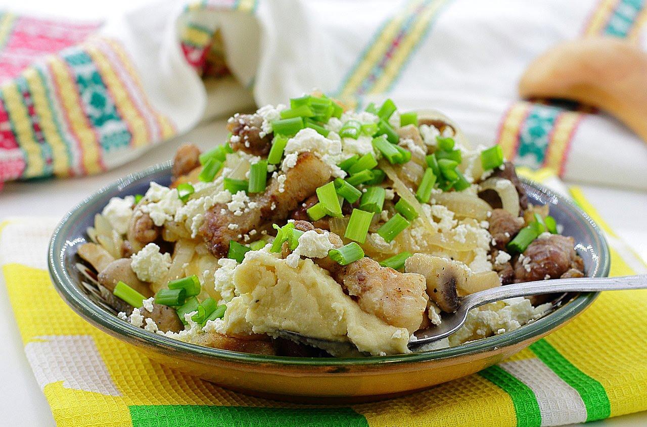 Банош называют душой гуцульской кухни.