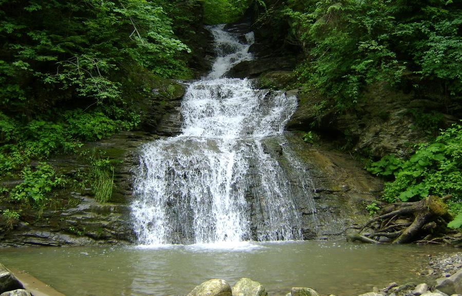 ТОП-10 водопадов Украины