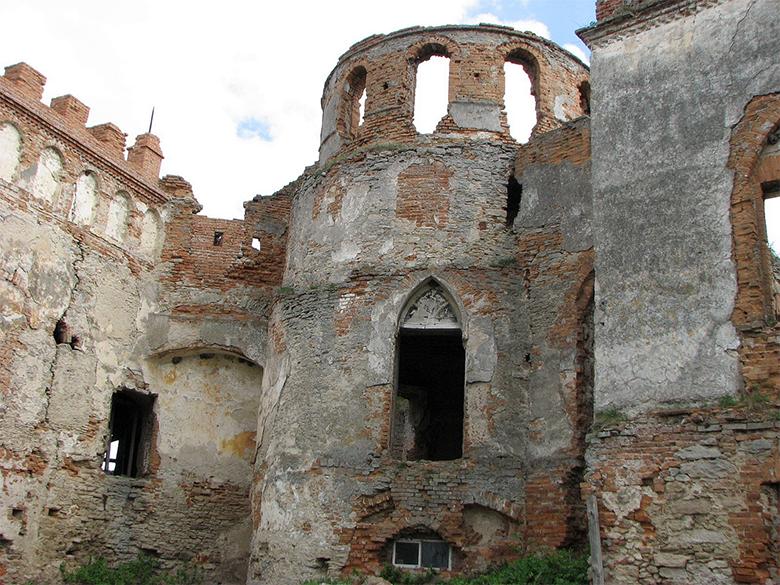 Секс с в древнем замке