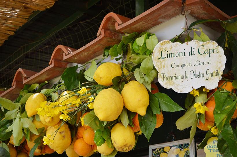 Лавка с лимонами, апельсинами и Лимончелло