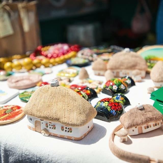 украинская хата в миниатюре