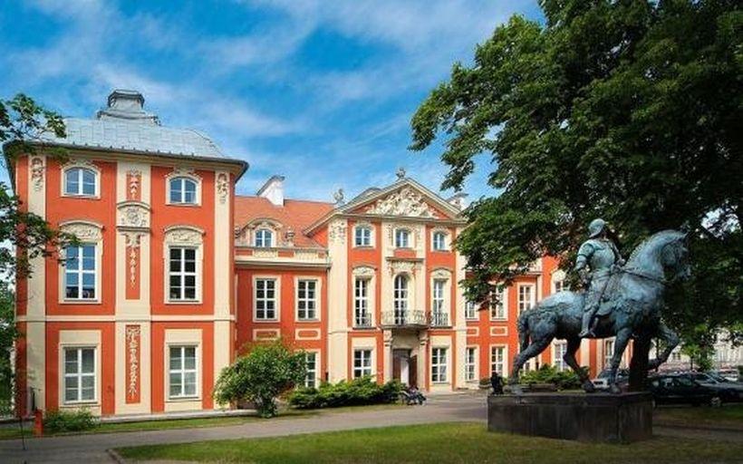 Дворец Чапских, Варшава