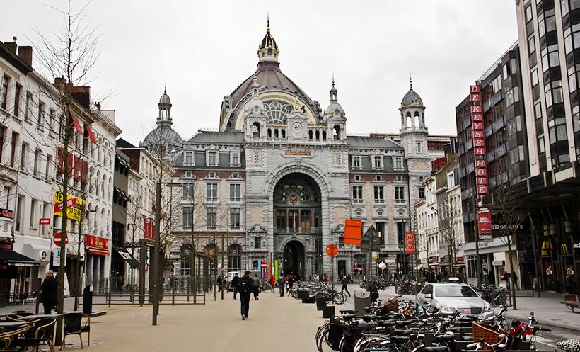 Центральный железнодорожный вокзал Антверпена