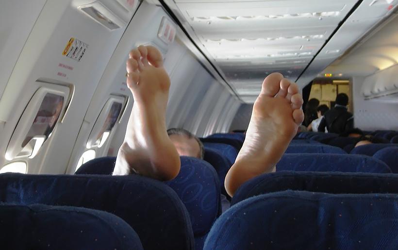 Наглый пассажир в самолете