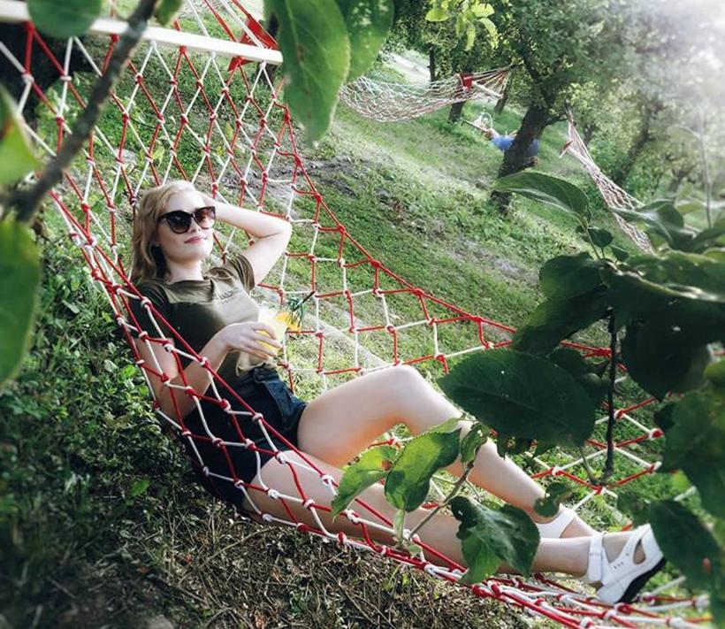 Вечеринка на ВДНХ в яблоневом саду