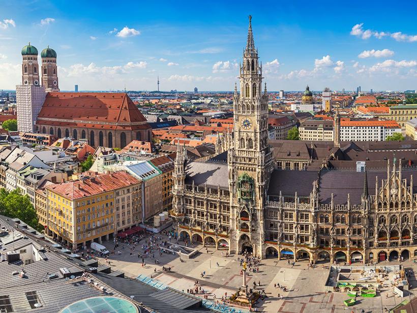 Центральная площадь Мюнхена Мариенплац