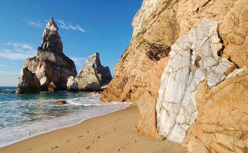 пляж praia-da-ursa