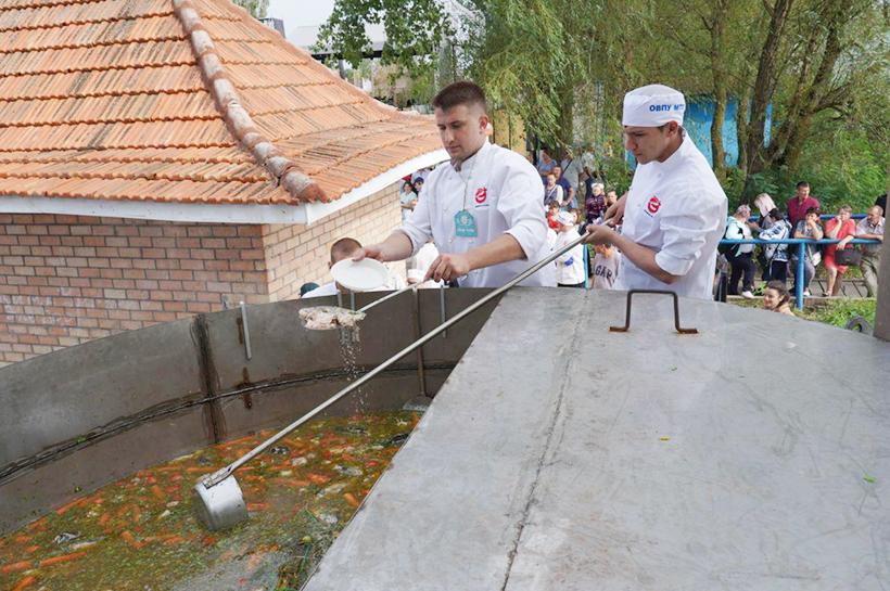 Вилково. Липованская уха на фестивале «Дунайскі гостини»
