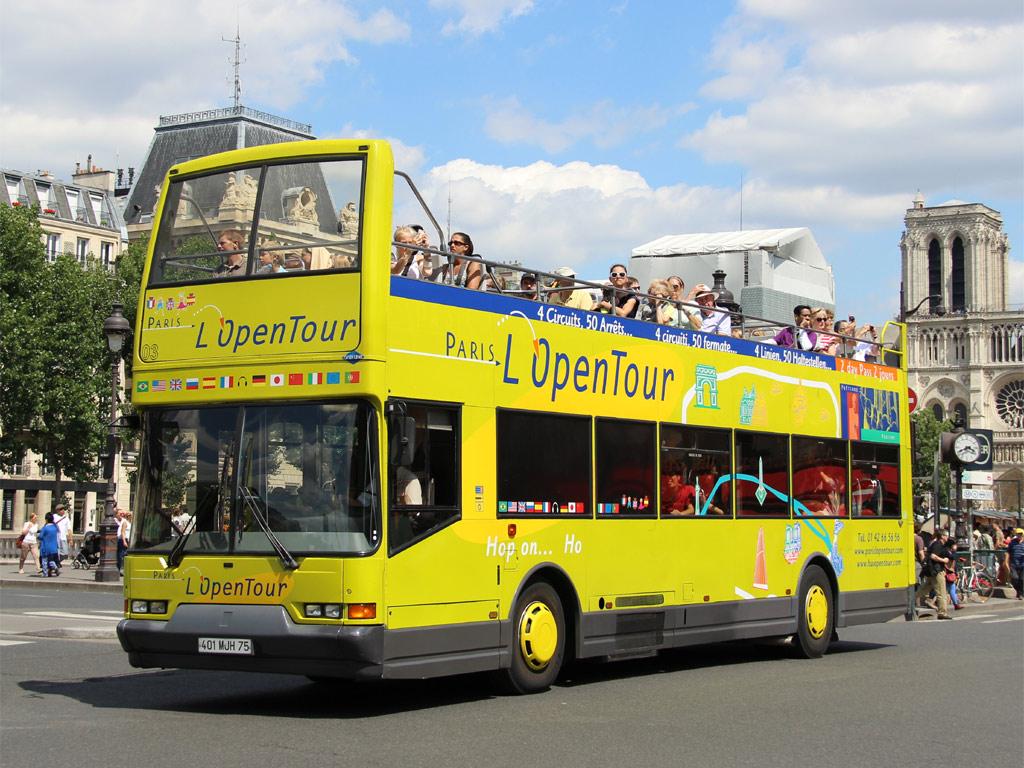 Экскурсионный автобус Open tour в Париже