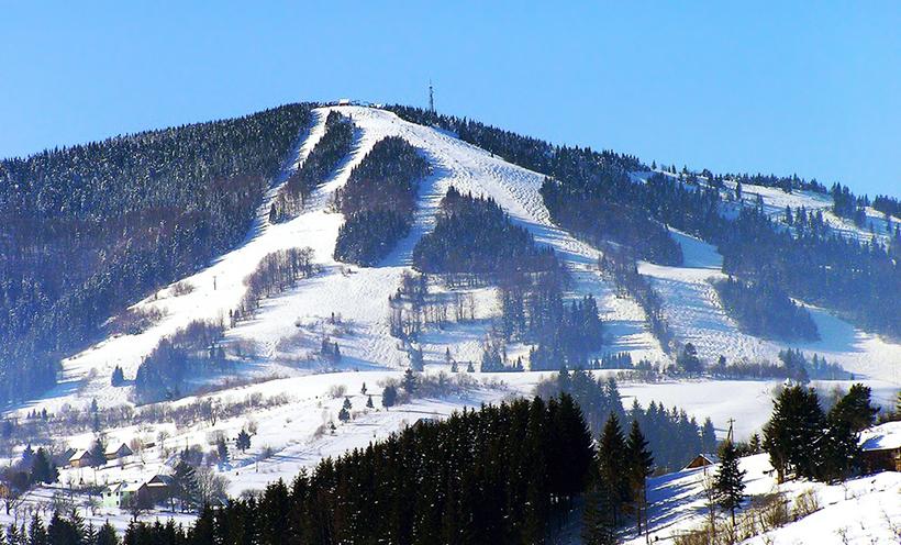 Гора Тростян, Славское