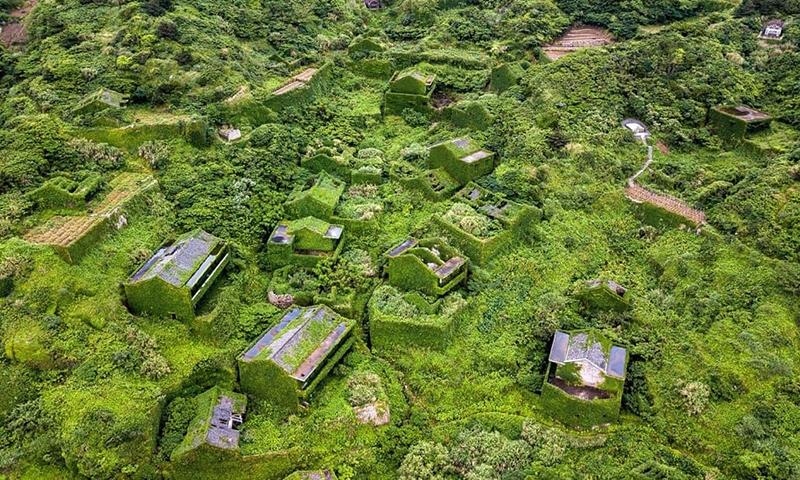 Вид на деревню Houtou Wan с высоты