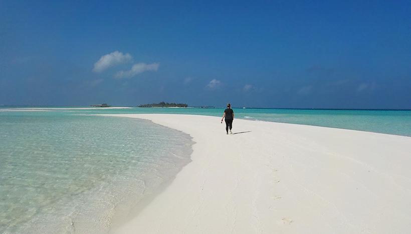 пляж на о. Дигура