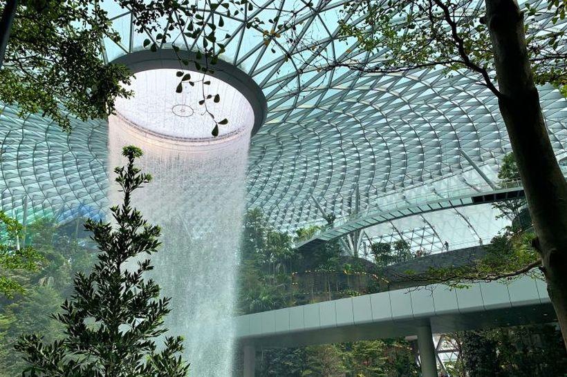 водоспад аеропорта Чангі