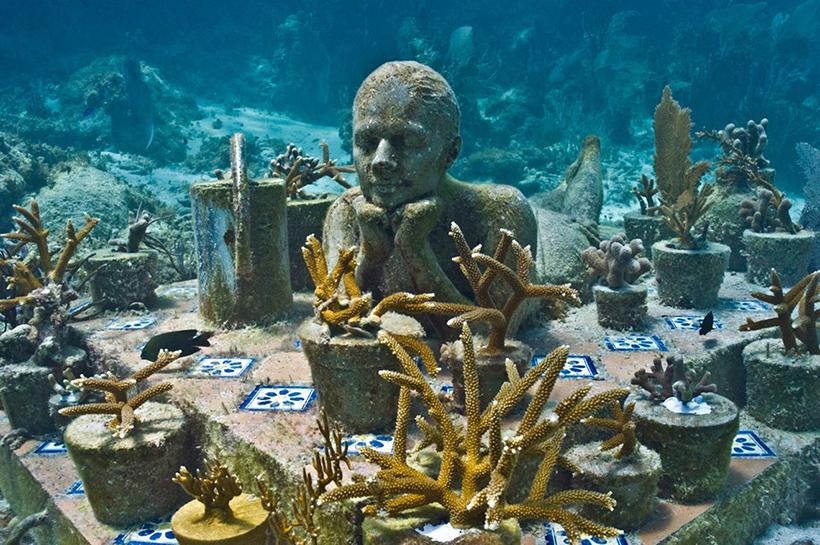 Садовница надежды. Подводный музей в Канкуне