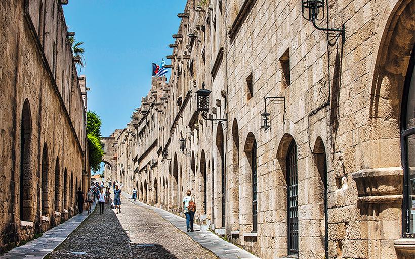 Улица Рыцарей в Старом городе Родос
