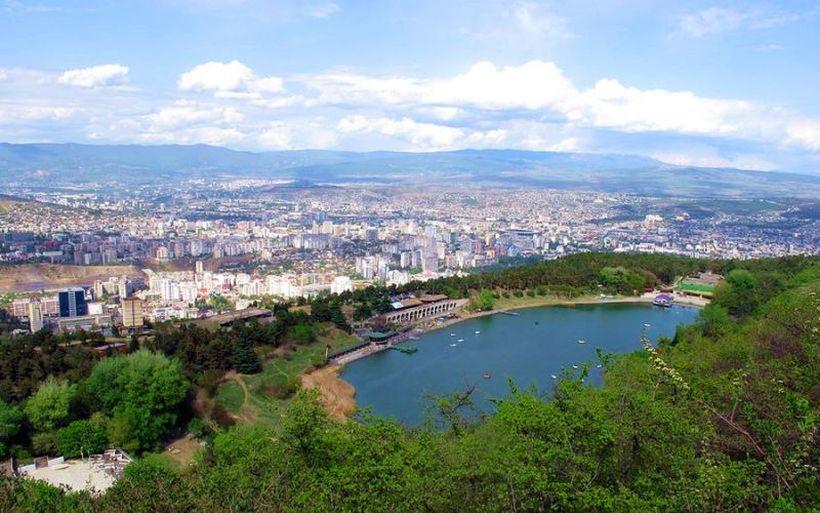 Черепашье озеро Тбилиси