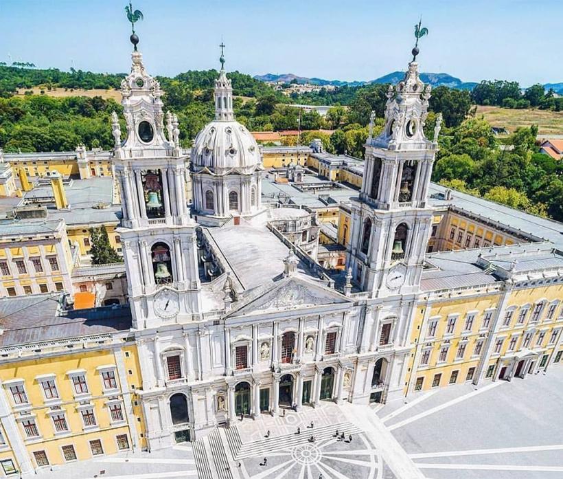 Дворец Мафра, Португалия