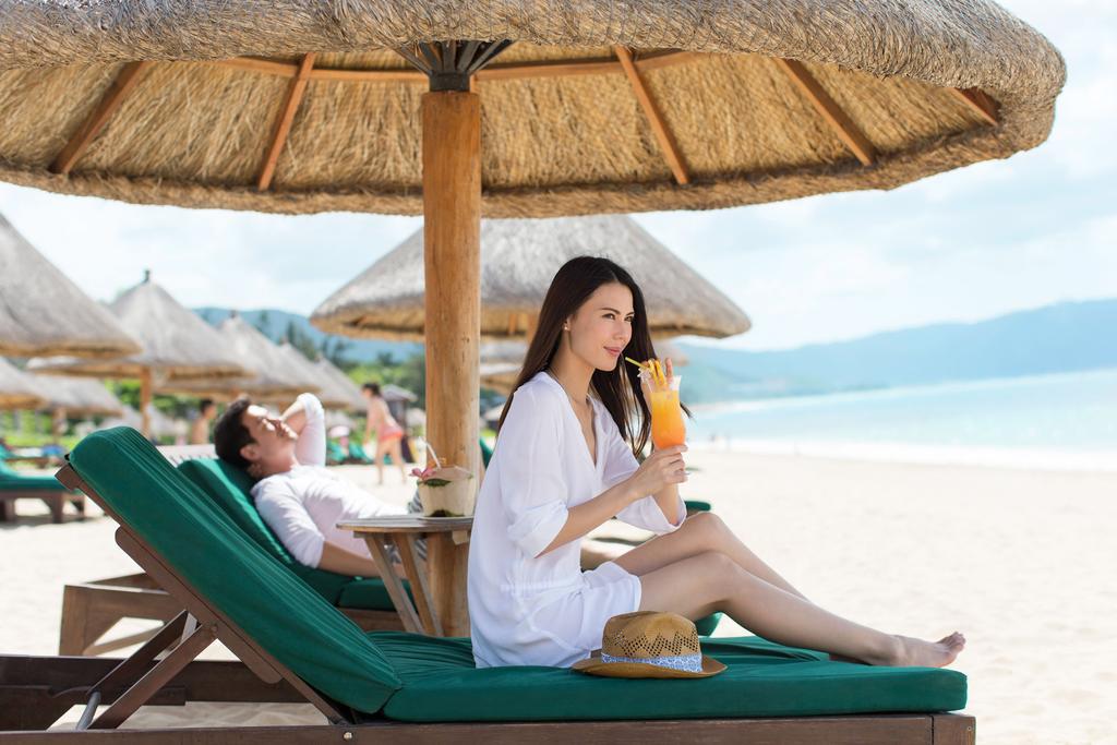 Пляж Sanya Marriott Yalong Bay Resort & Spa