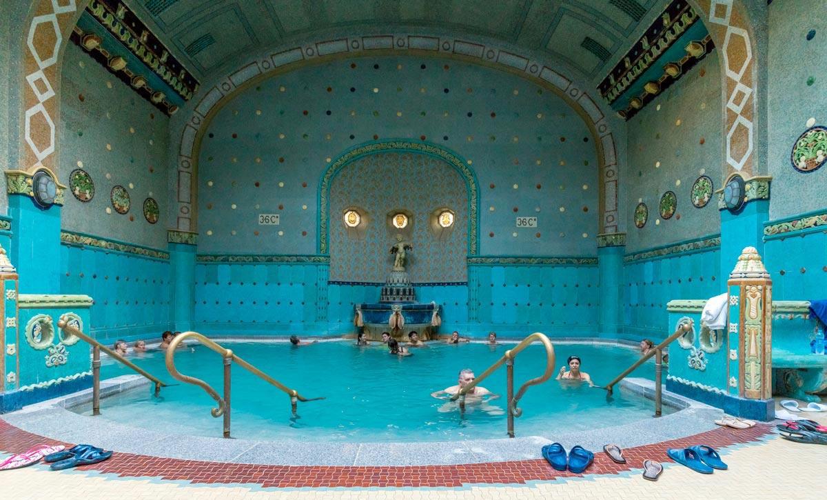 Термальная купальня Геллерт