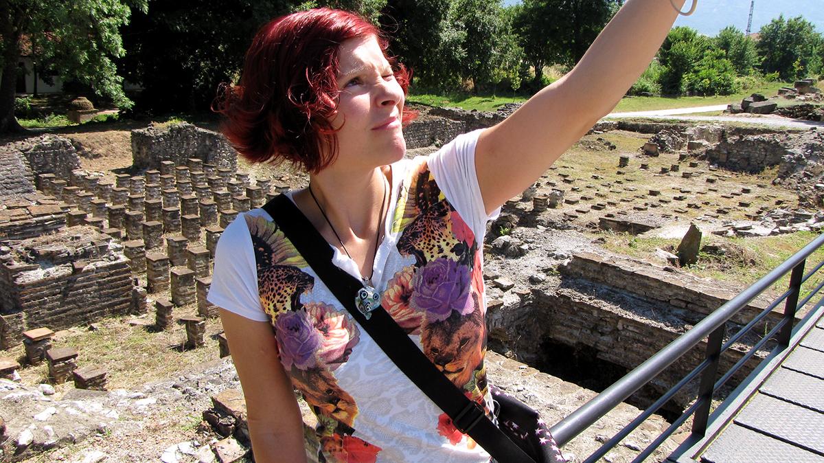 Руины в Дионе