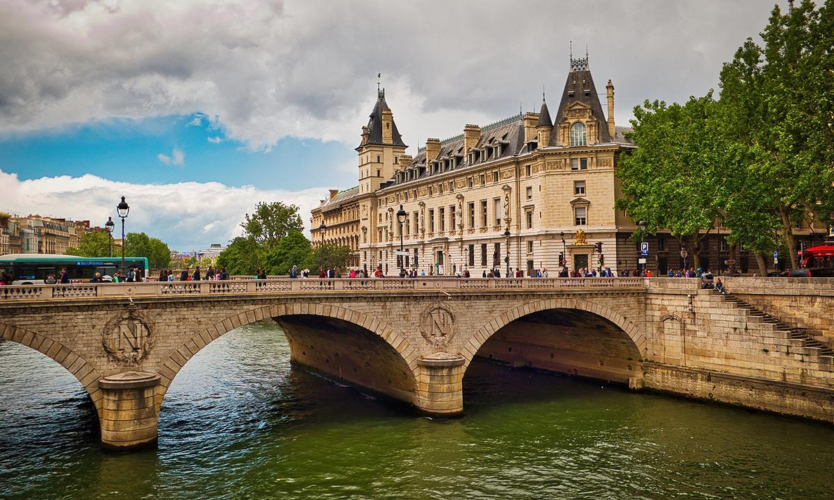 Мост Saint Michel