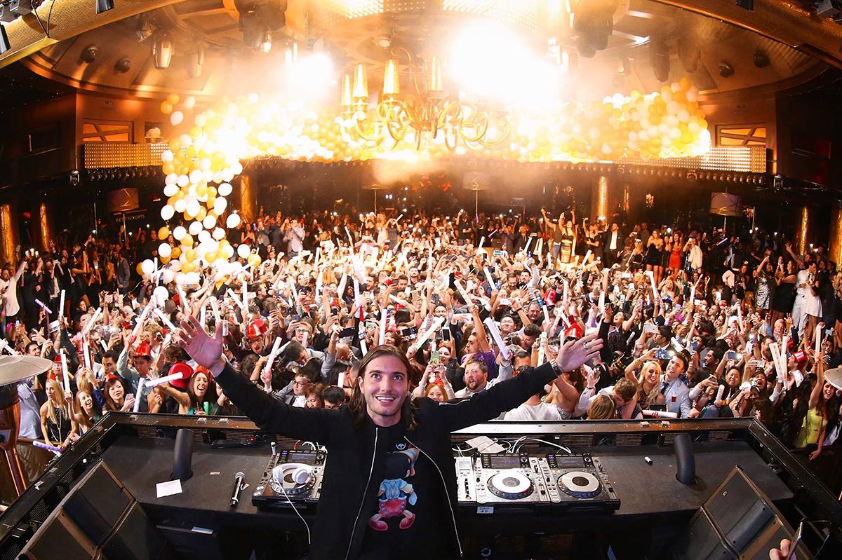 Новый год в ночном клубе Лас-Вегаса