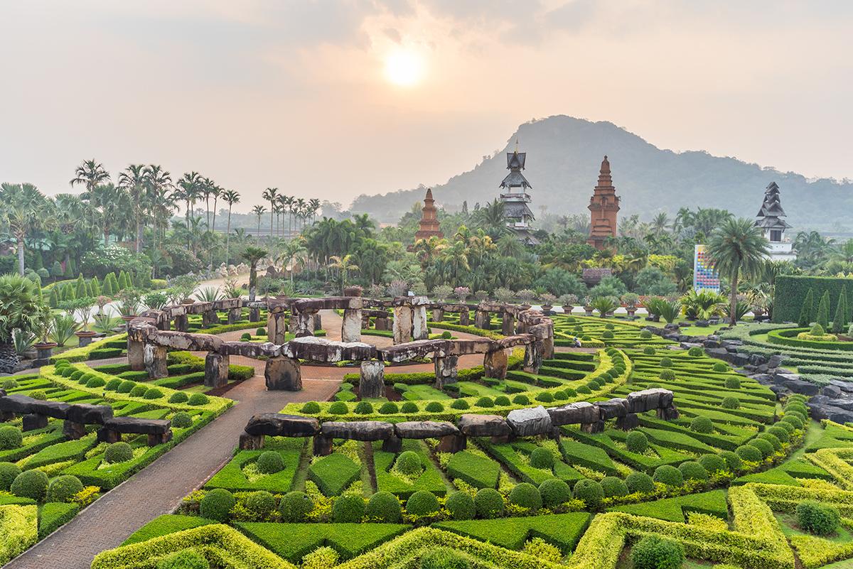 Ботанический сад «Нонг Нуч»